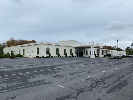 Mixed-use multi-tenanted commercial facility available - Blackwood