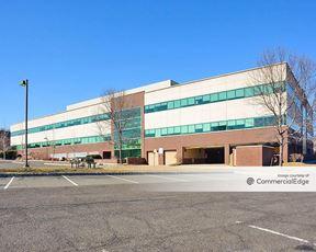 Mount Bethel Corporate Center - 33 Technology Drive - Warren