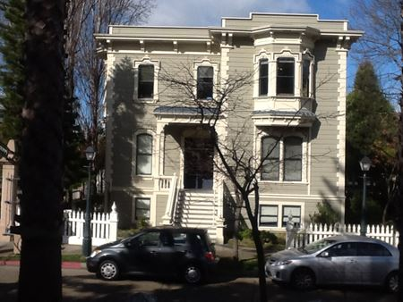 1203 Preservation Park Way - Oakland