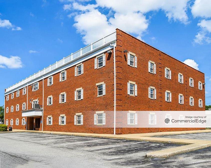 Fairfield Colonial Center