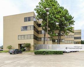 12337 Jones Road - Houston