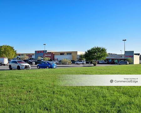 H-E-B Shopping Center - Burleson