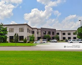 Southwind Office Center - 3251 Players Club Pkwy
