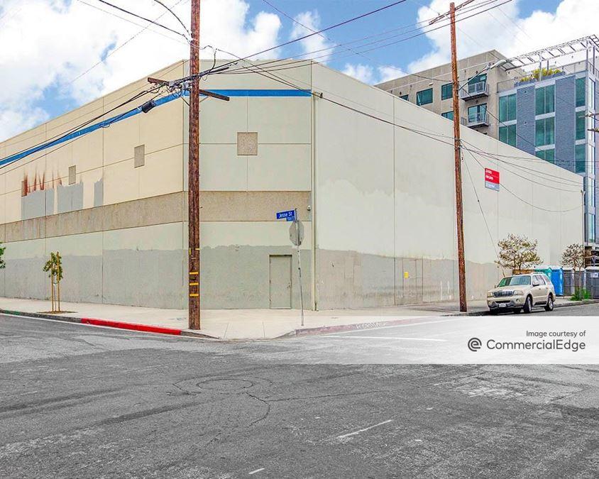 667 Santa Fe Avenue