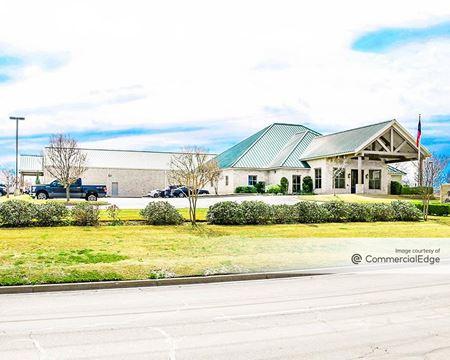2725 Texas Central Pkwy - Waco