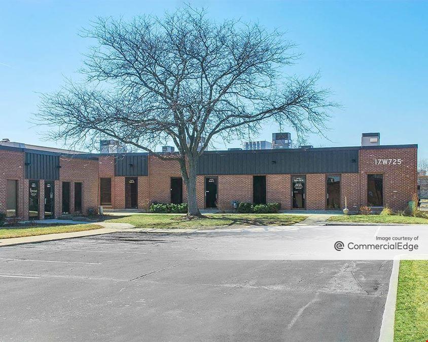 Oakbrook Terrace Business Center