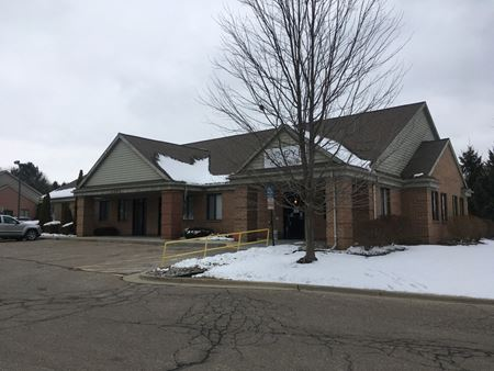2790 W Grand River Ave - Howell