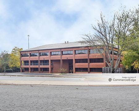 320 Executive Court - Little Rock