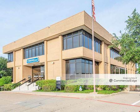Comerica Bank Building - Carrollton
