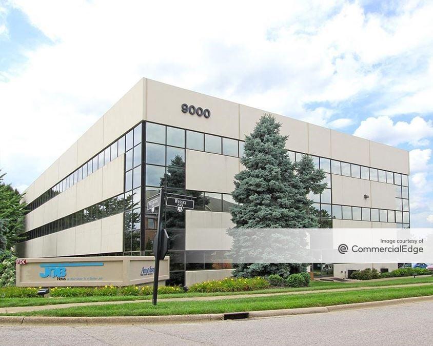 9000 Building