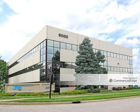 9000 Building - Louisville