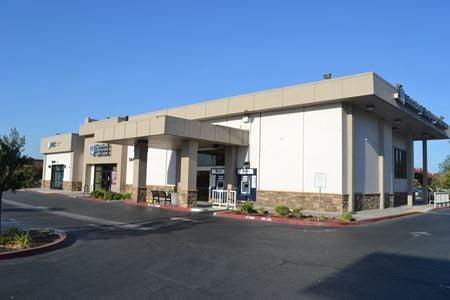 5640 E. Kings Canyon - Fresno