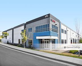 Crossroads Commerce Park - Building 6