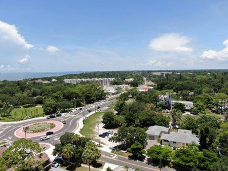 1715 N Tamiami Trail - Sarasota