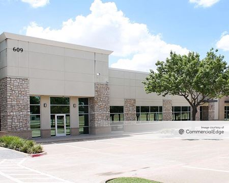 609-615 State Highway 121 Bypass - Coppell