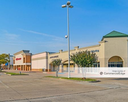 Cameron Crossing - 1681 & 1751 North Central Expwy - McKinney