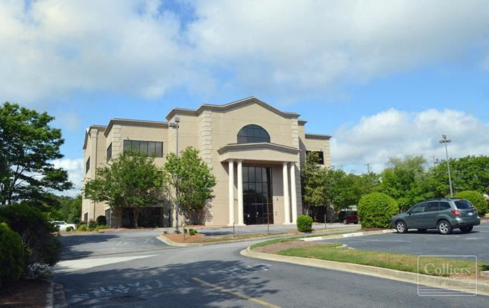 ±42,036 SF Office Building for Sale or Lease