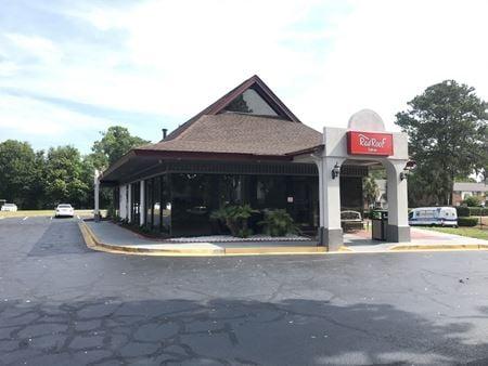 Freestanding Office Next to Red Roof Inn - Savannah