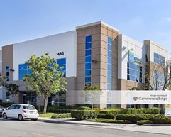 Rialto Industrial Center - Bloomington