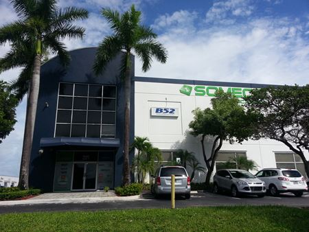Palmetto Expressway Frontage Office/Industrial For Sale - Miami