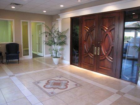 Prestigious Office Building - Sarasota