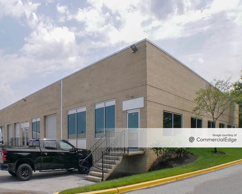 Melford Town Center - 4801 & 4831 Tesla Drive
