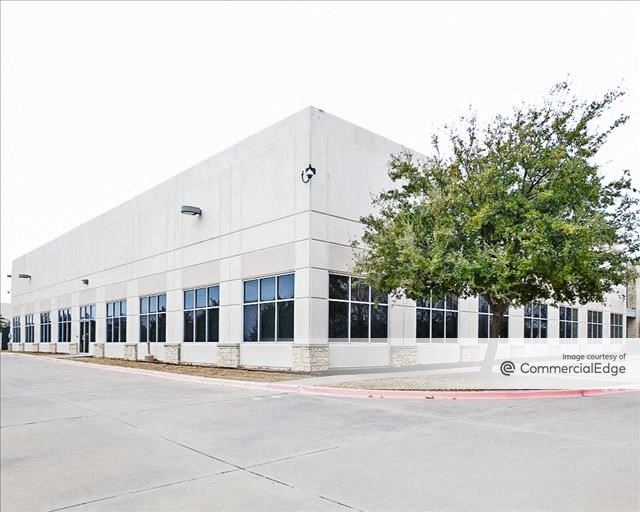 CentrePort Business Park - 14800 Trinity Blvd