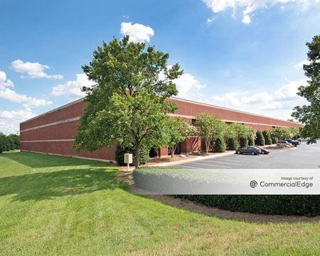 Brookfield South Business Park - 25 Brookfield Oaks Drive - Greenville