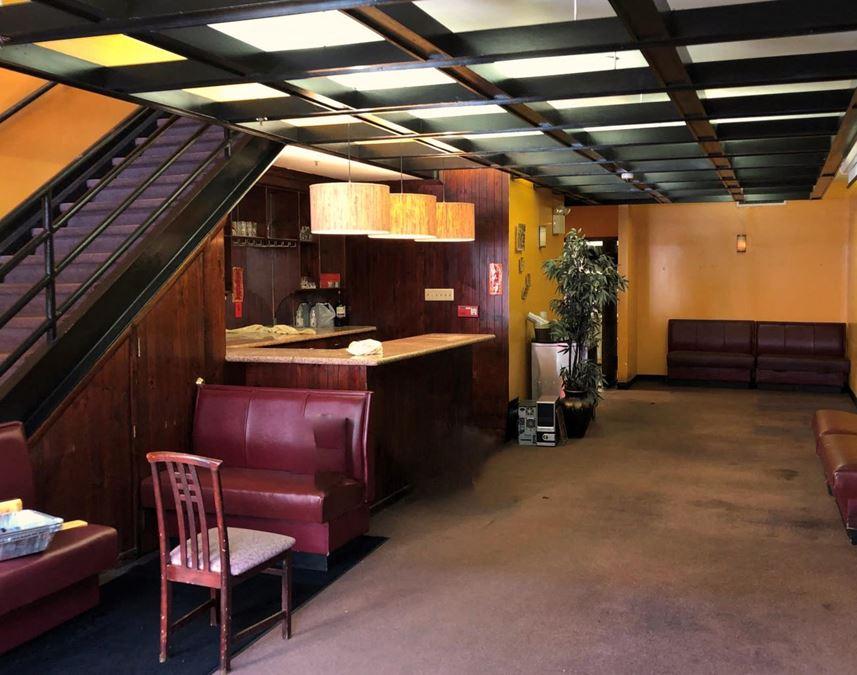 Rare Rittenhouse Square Vented Restaurant Space