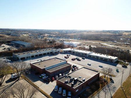 Hillrise Shopping Center - Elkhorn