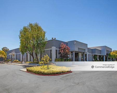2850 West Bayshore Road - Palo Alto
