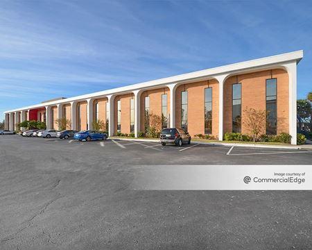 6100 Lake Ellenor Business Center - Orlando
