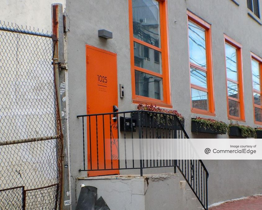 1025 Hamilton Street