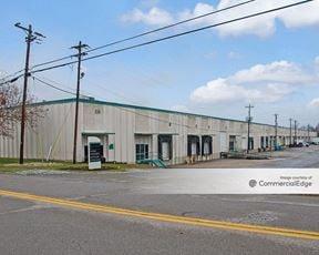 226-236 Circle Freeway Drive - Cincinnati