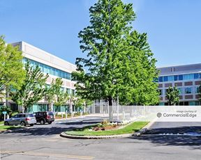Waltham Woods Corporate Center - 880 Winter Street
