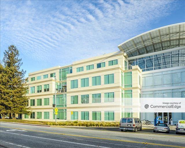 Apple Campus - IL1