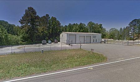 9090 Jot Em Down Road - Gainesville