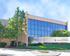 Three Broadway Executive Park - Oklahoma City