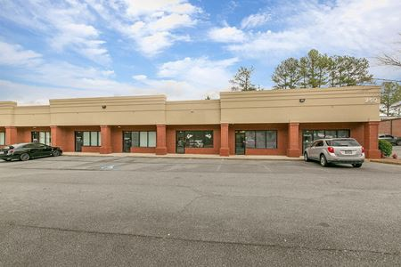Available for Sale - Office/Warehouse Building - Woodstock