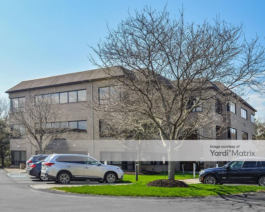 Northpointe Center - 200 Northpointe Circle