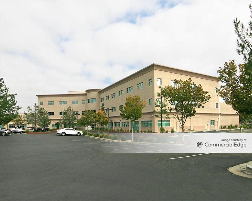 Santa Clarita Valley Medical Plaza
