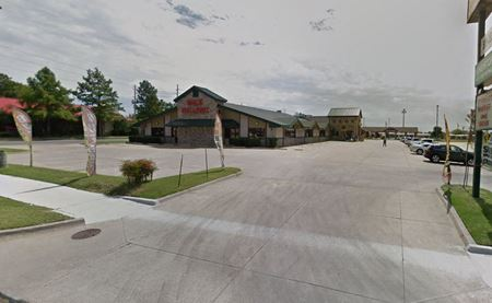 2102 & 2112 NW Cache Rd - Lawton