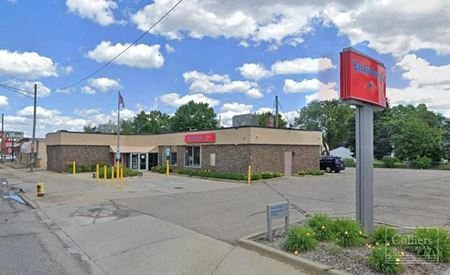 For Lease > Retail / Office - Former Bank of America - Dearborn