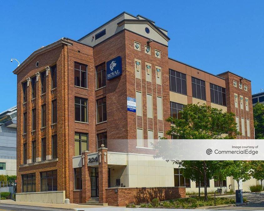 200-234 Division Avenue North & 15 Lyon Street NE
