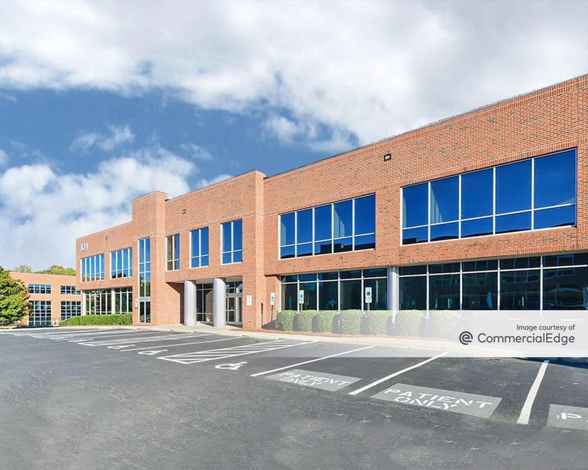Lake Norman Medical Plaza - 134 Medical Park Road