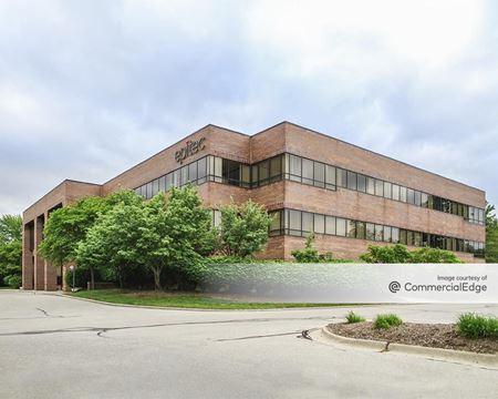 Oak Hollow Gateway - 24800 Denso Drive - Southfield