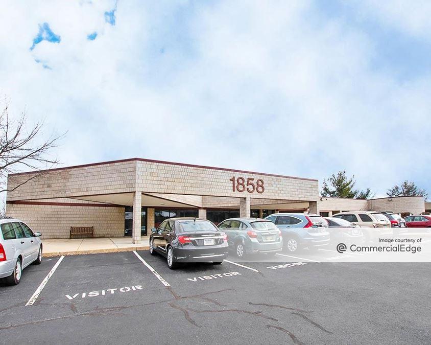 Greenfield Corporate Center East - Business Center II & III