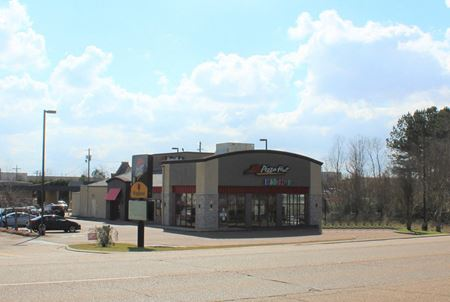 Hwy 80 Pizza Hut Building - Brandon, MS - Brandon