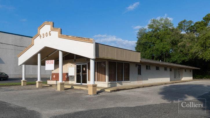 Freestanding Medical Office on University Blvd S.