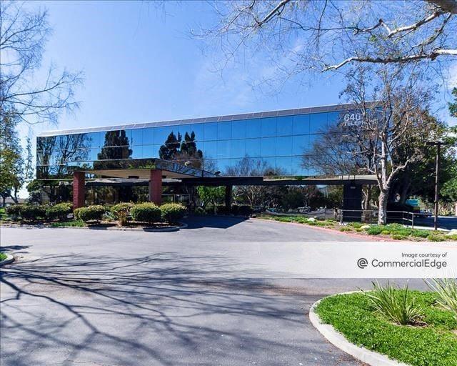 The Center Promenade - 6401 & 6633 Telephone Road